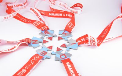 Ribbon hanging on the personalized medal